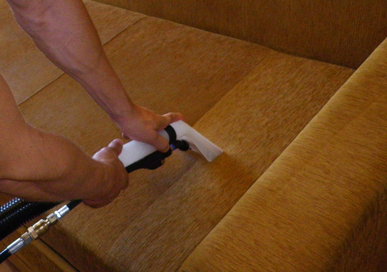 Химчистка мягкой мебели своими руками